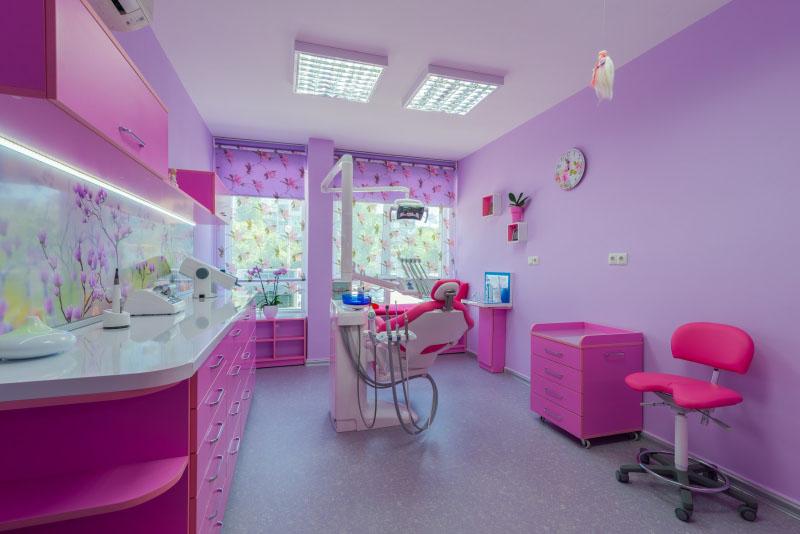Зъболекарски кабинет в хюга стил в град Варна